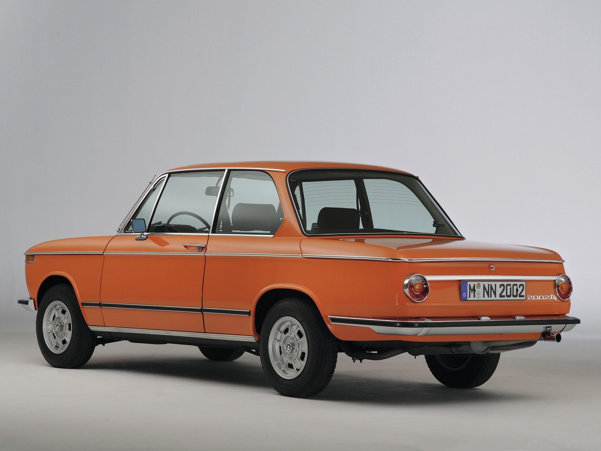 BMW E10